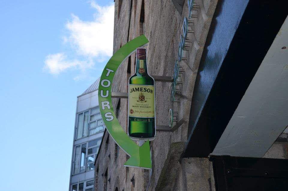 insegna, jameson distillery