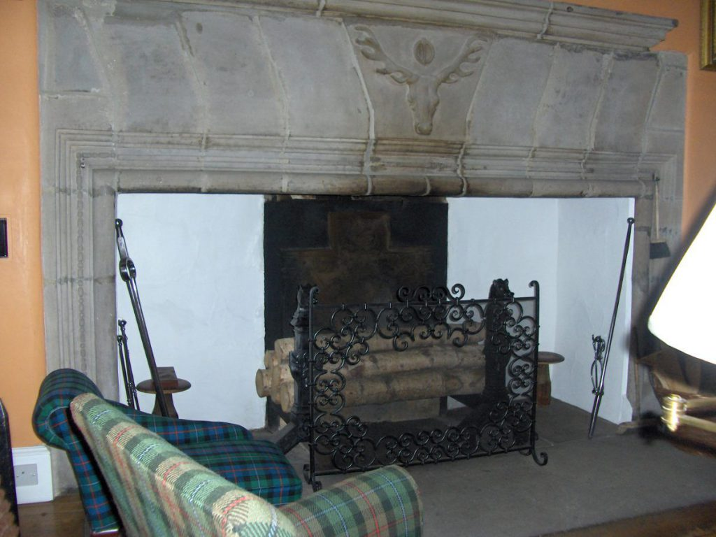 cawdor, caminetto