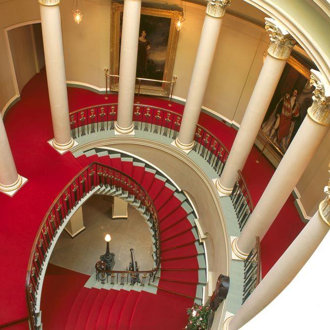 scalinata ovale