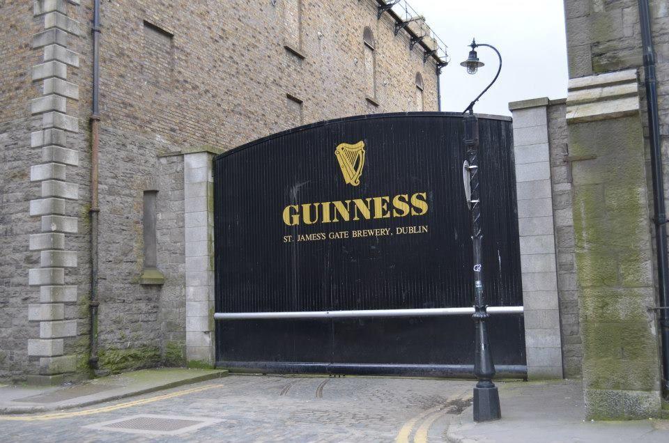 cancello di ingresso della Guinness StoreHouse