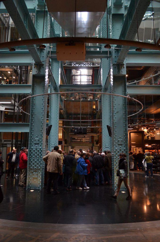 interno della guinness storehouse