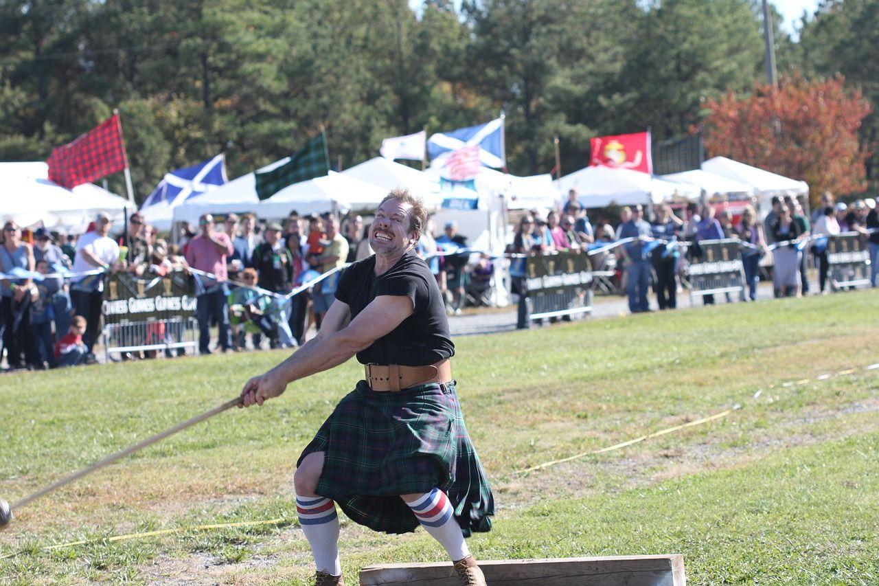Il Kilt scozzese originale - abito tradizionale scozzese - uomini scozzesi