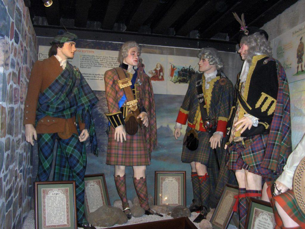 il kilt scozzese e la sua storia - abito scozzese tradizionale - uomini scozzesi