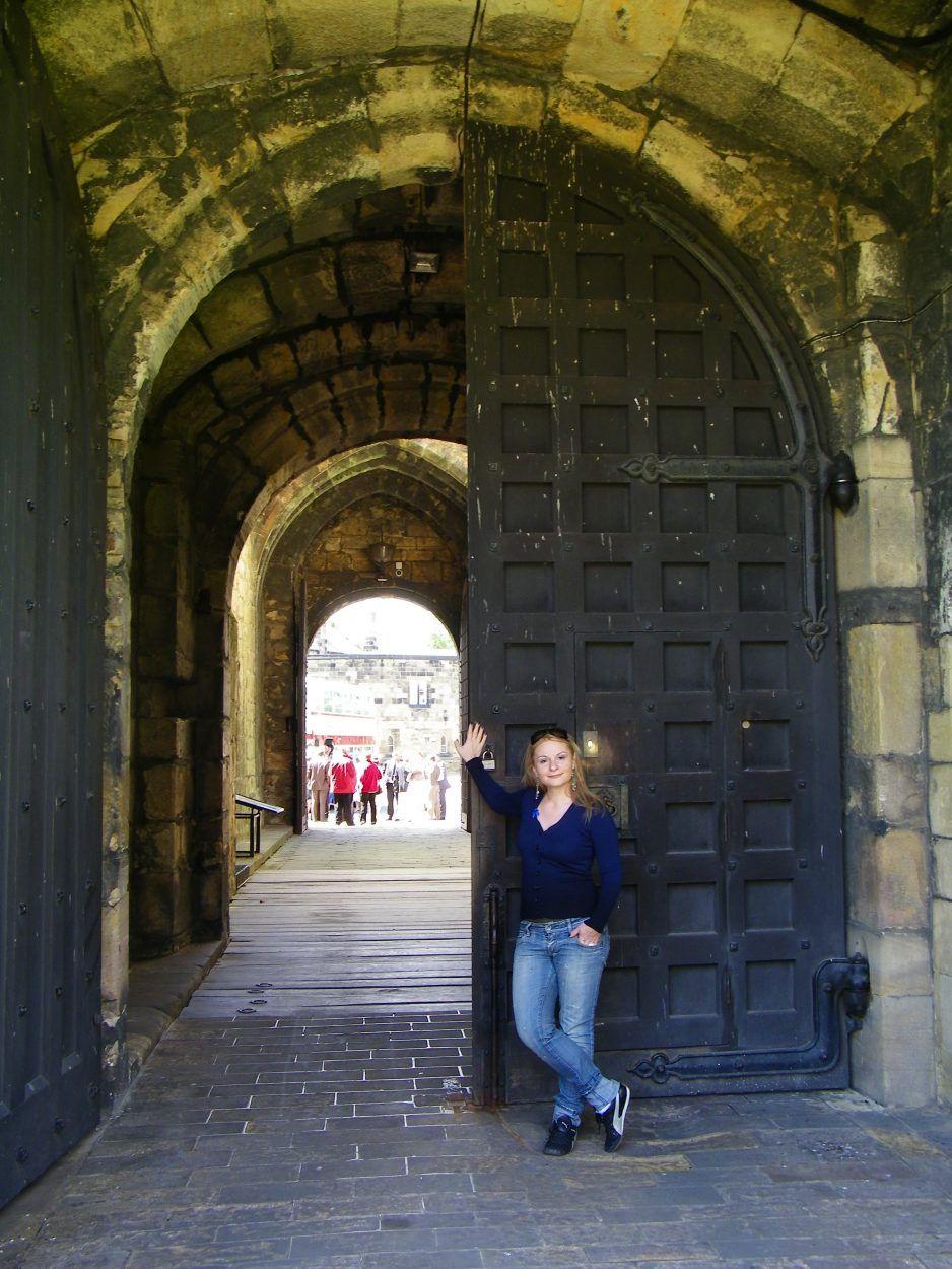 portone di ingresso del castello di alnwick