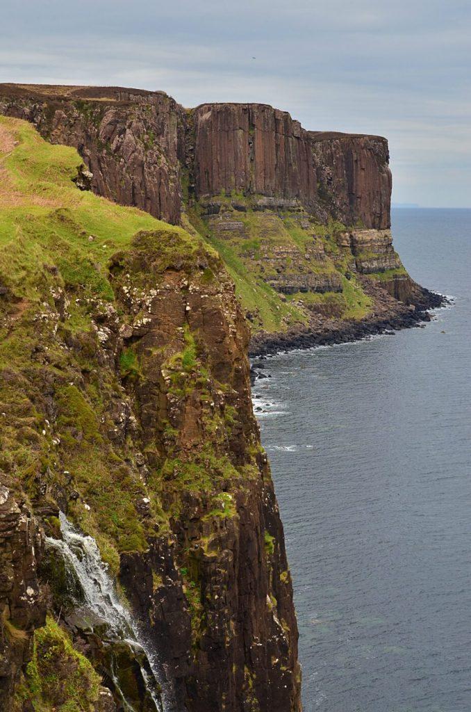 metal falls - isola di skye