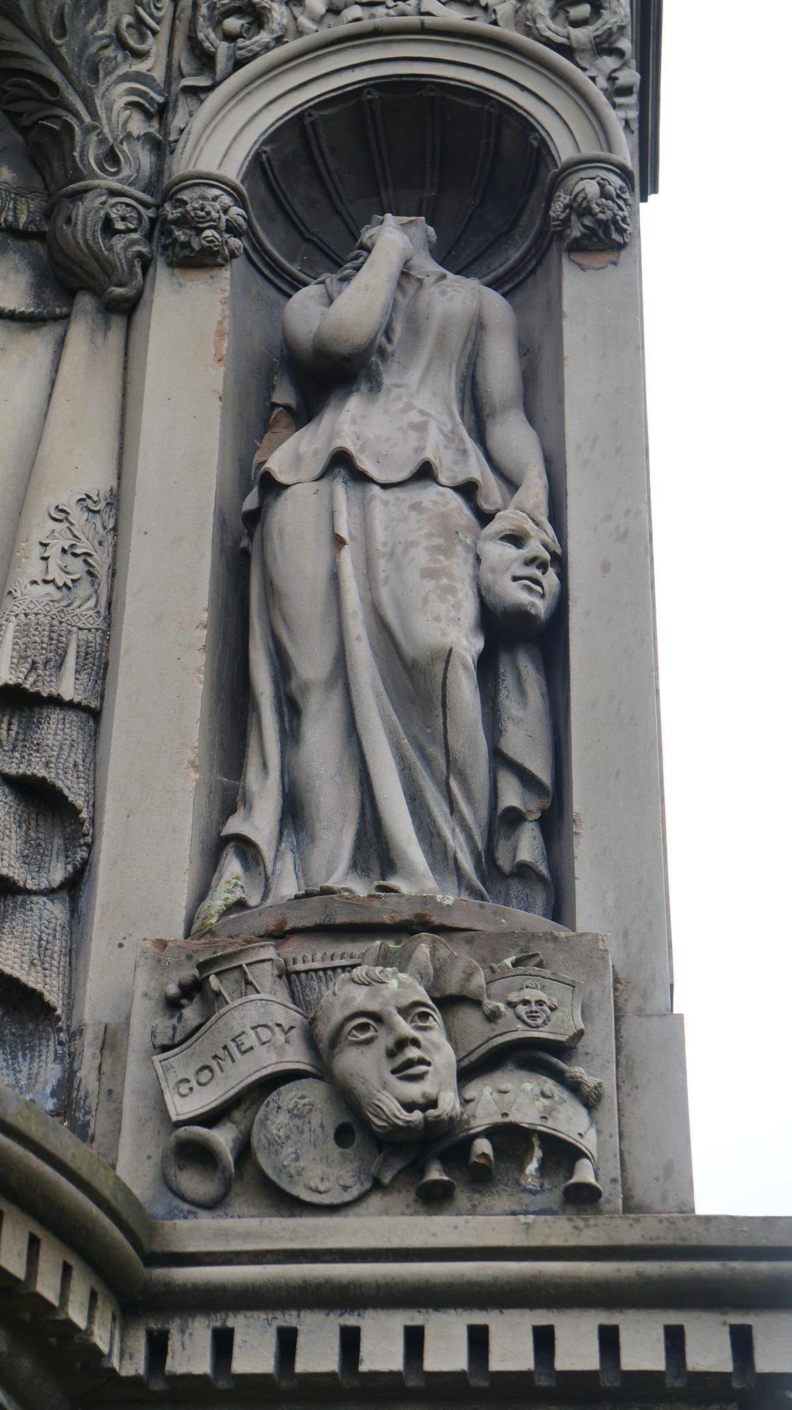 necropolis, statua