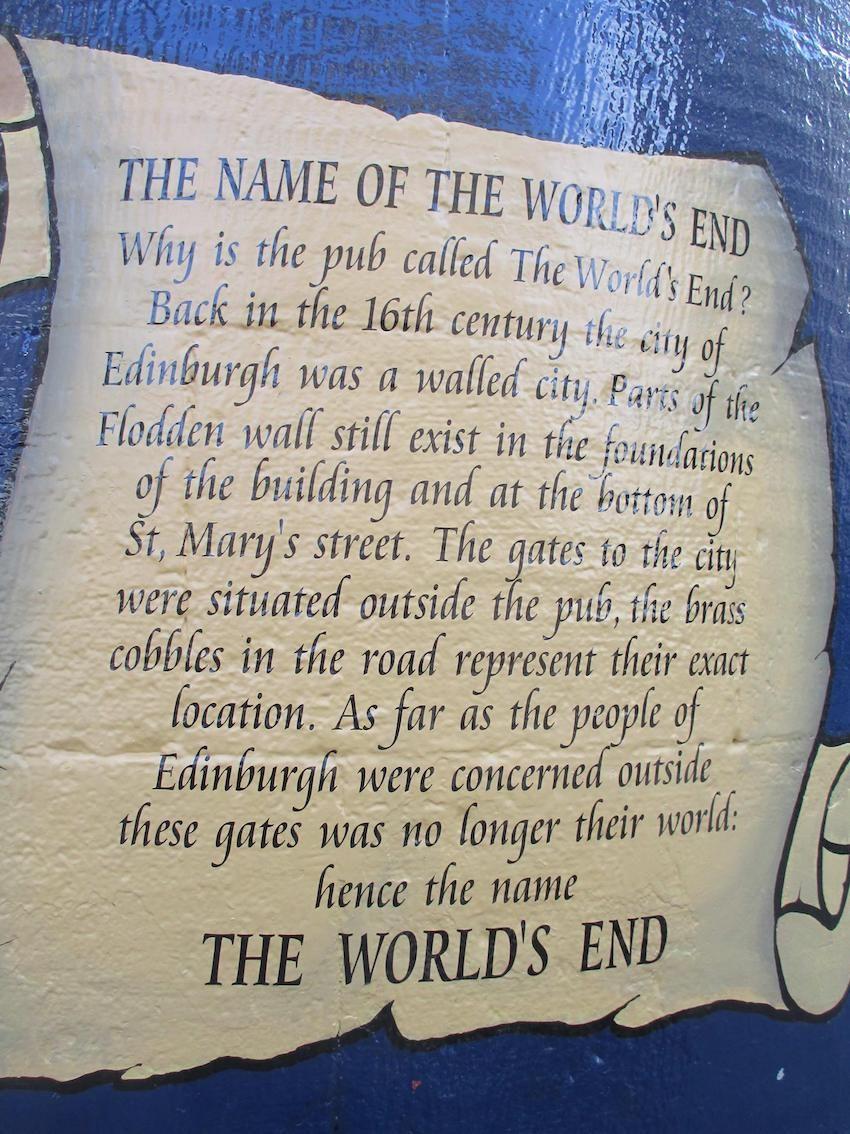 targa con scritta: the name of the world's end