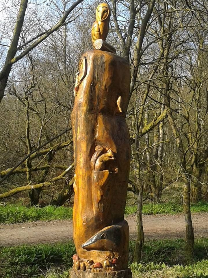 Totem, Lochwinnoch e Castle Semple Country Park