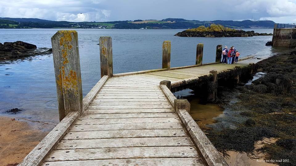 ponte di legno, vista sul mare