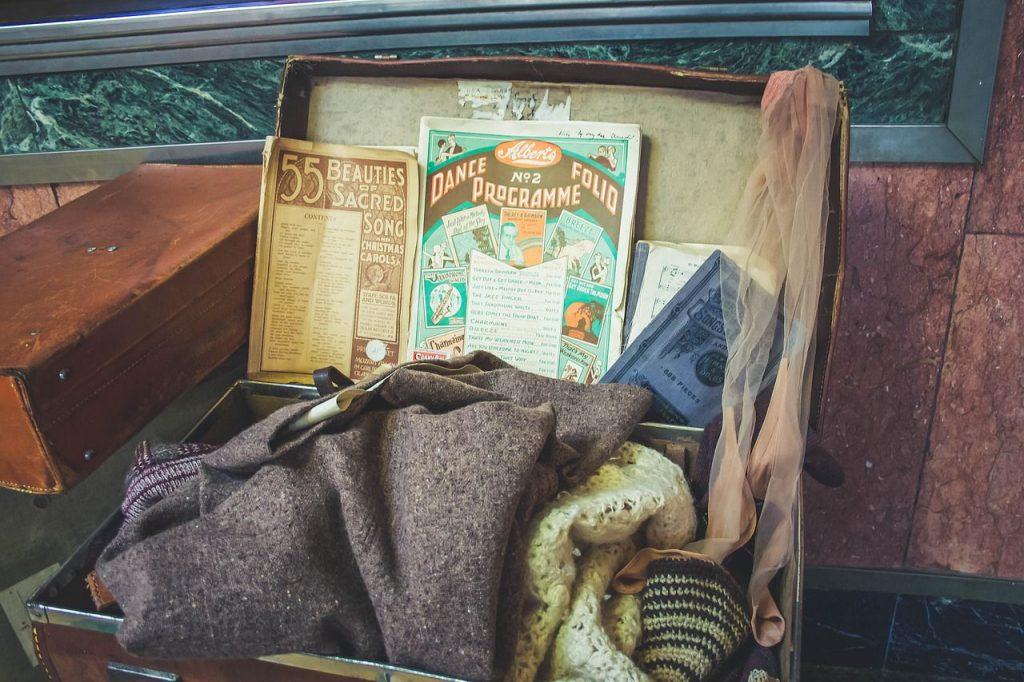 valigia, oggetti