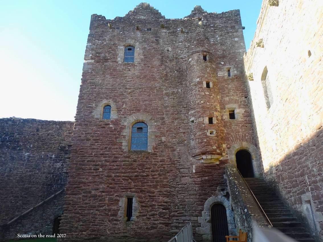doune castle, Scozia in treno: 15 giorni