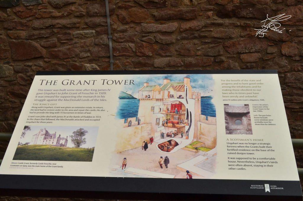 Urquhart Castle - loch ness - scozia castelli