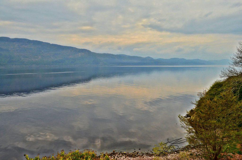 lago di loch ness scozia