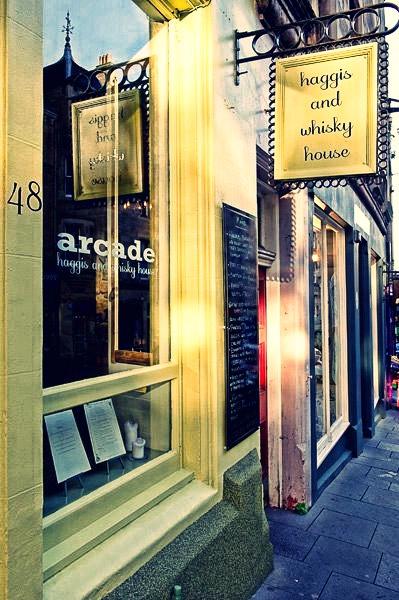Mangiare a Edimburgo, arcade bar