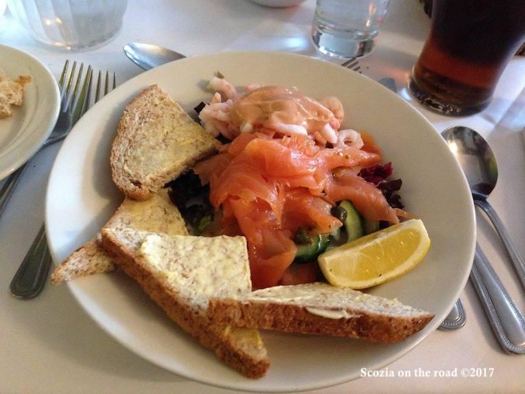 cosa mangiare in scozia, salmone