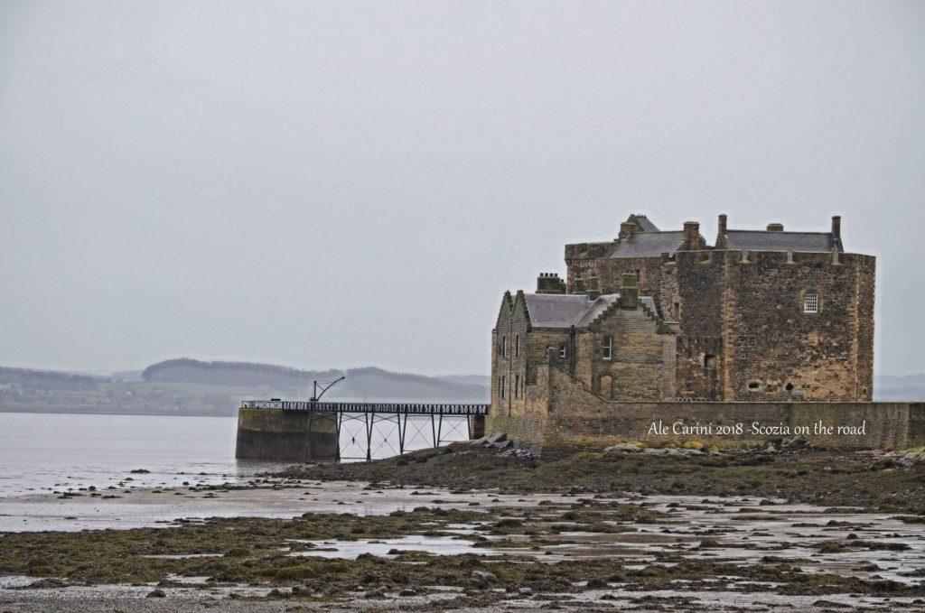 Blackness castle, ponte e molo