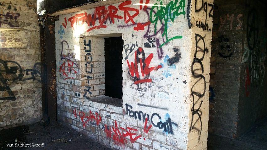 bunker, edificio abbandonato