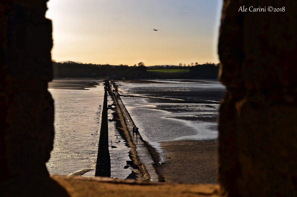 camminamento, piloni, spiaggia