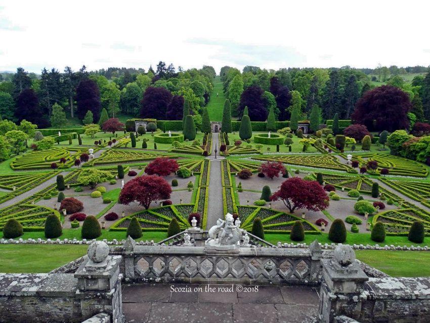 drummond castle, giardini