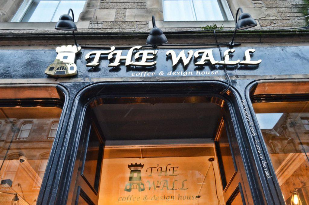 """the wall caffè"""