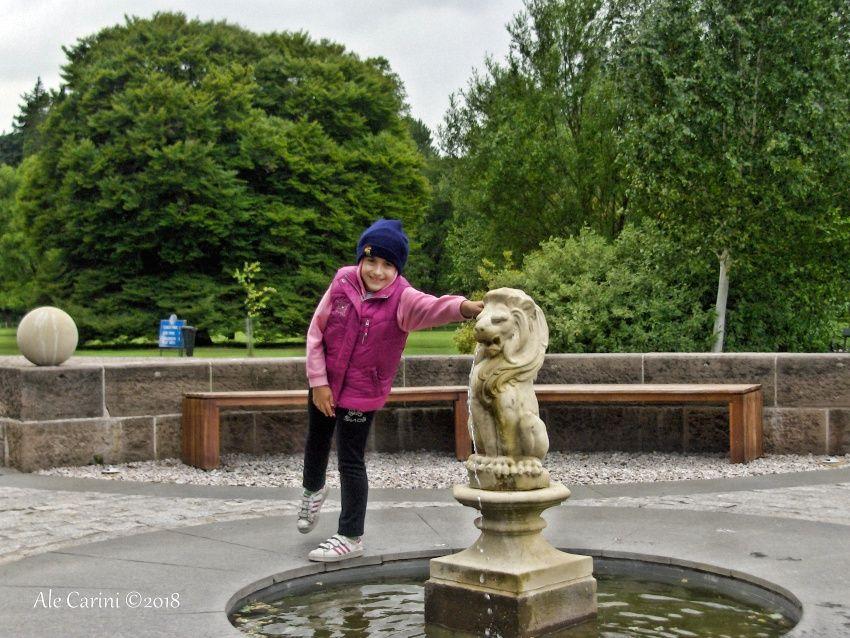 glamis castle, fontana della regina