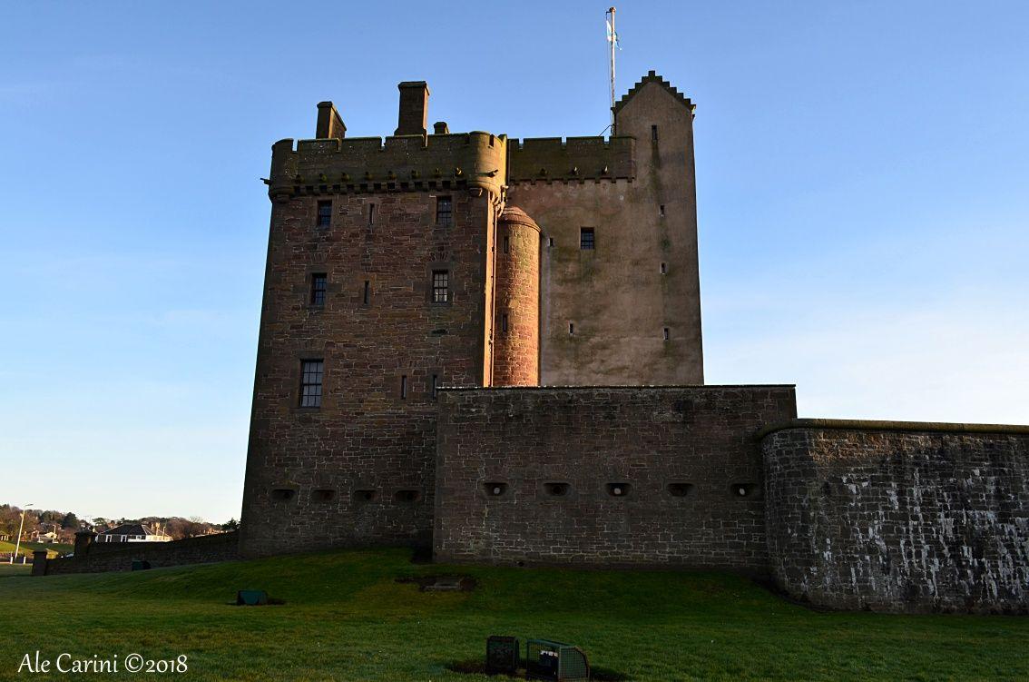 Broughty Castle vista laterale