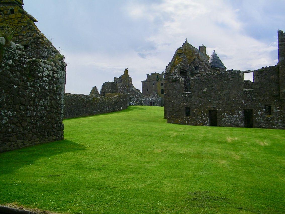 dunnottar castle aberdeenshire - il castello di merida
