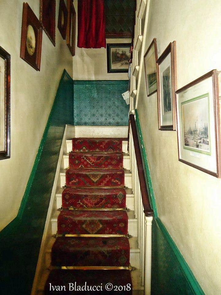 scale, museo sherlock holmes, londra