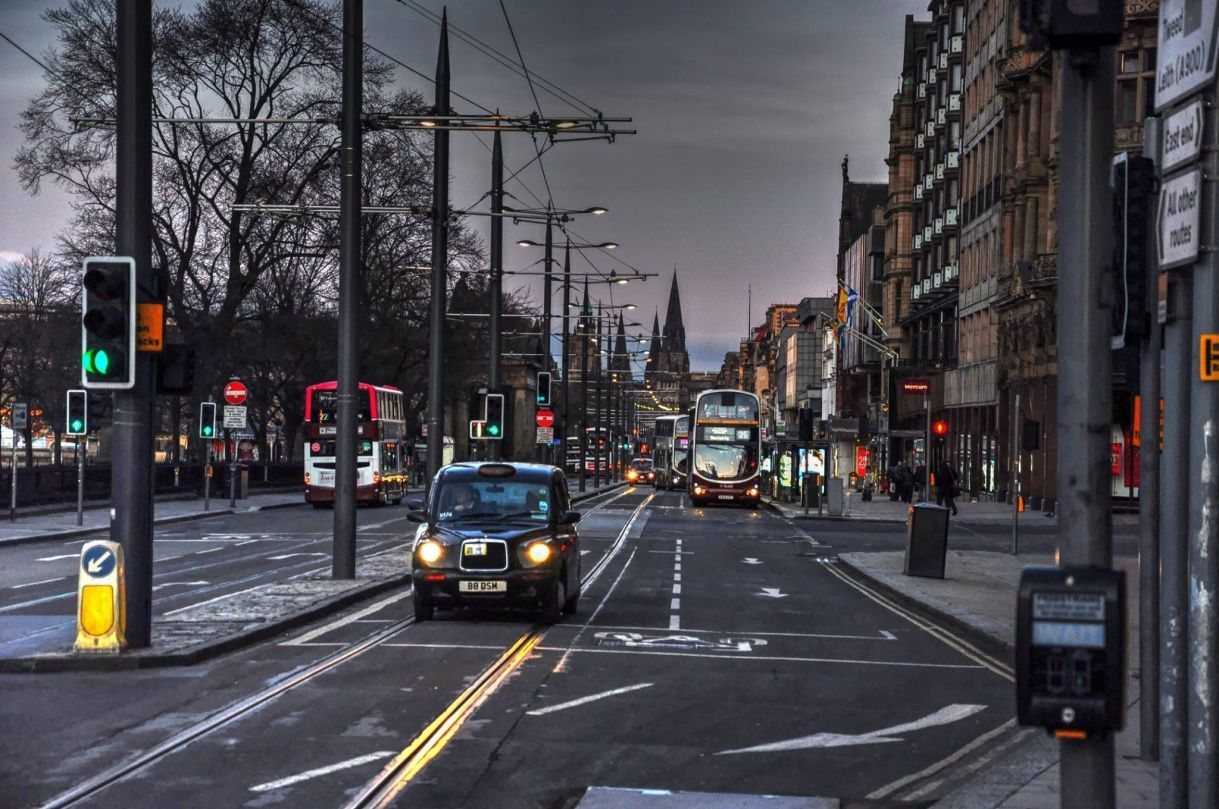 Spostarsi in autobus ad Edimburgo - edimburgo mezzi pubblici