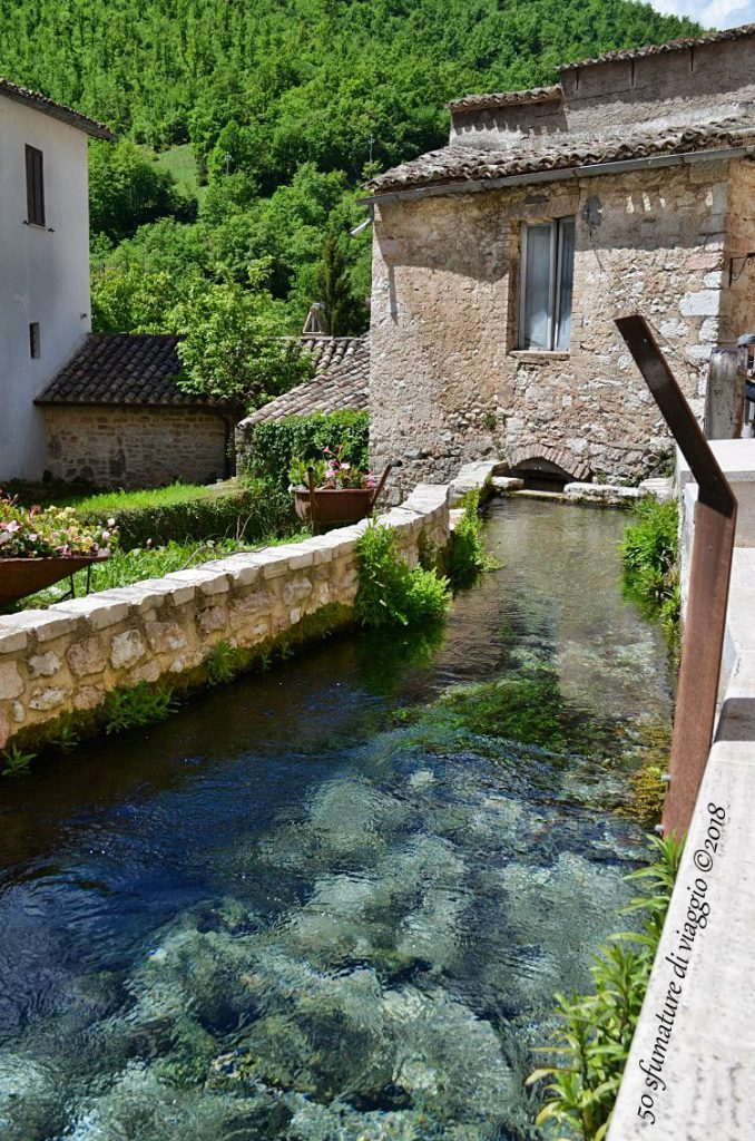 piscina naturale, borgo, case