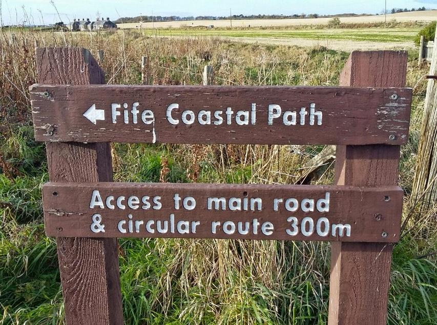 cartello fife coastal path