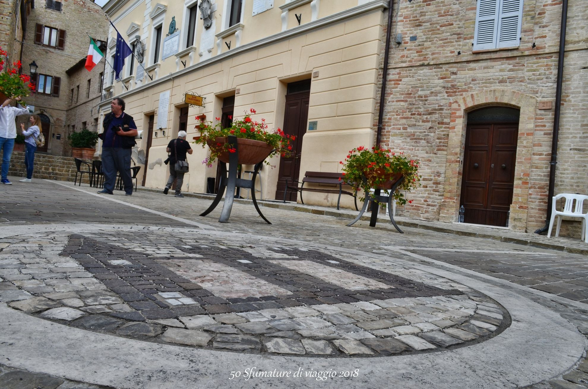 piazza cittadina di moresco