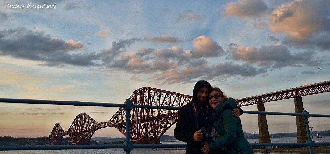ponte rosso con coppia