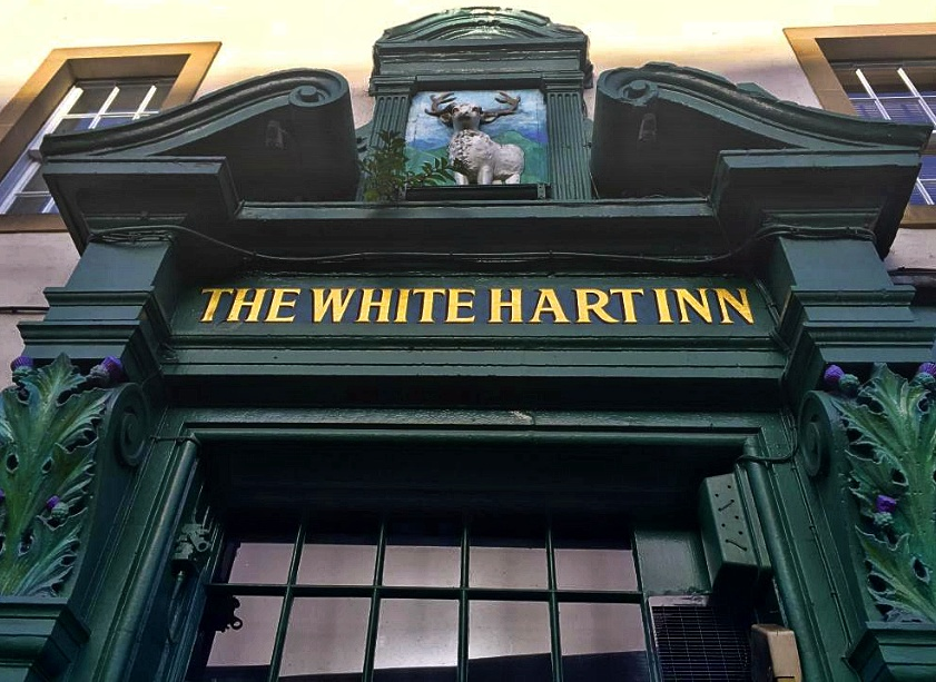 The White Hart Inn, esterno