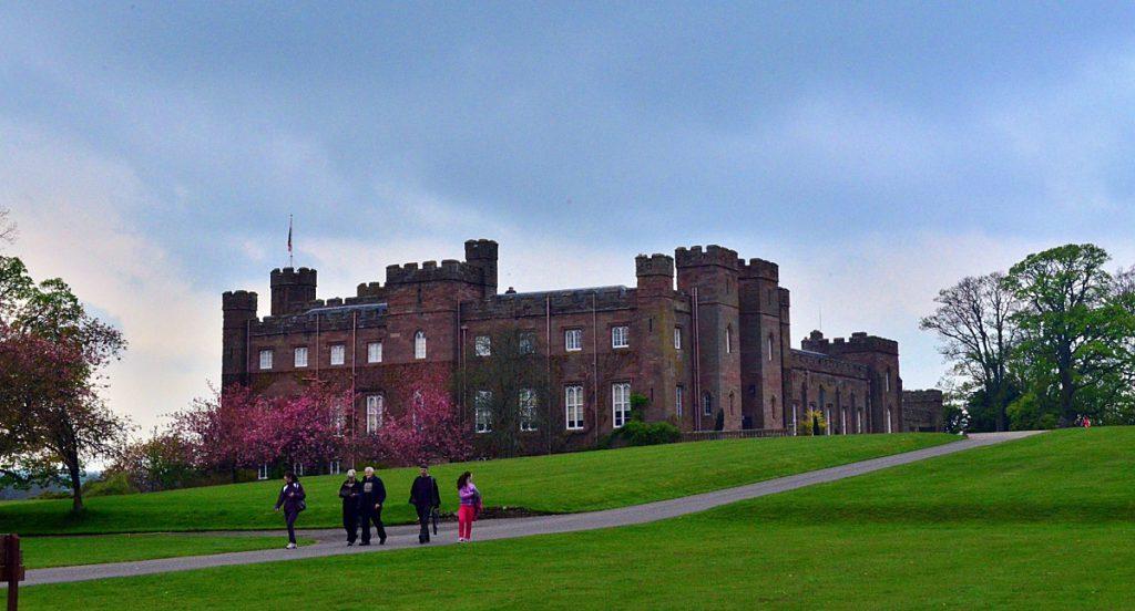 scone palace, castelli dove dormire in scozia