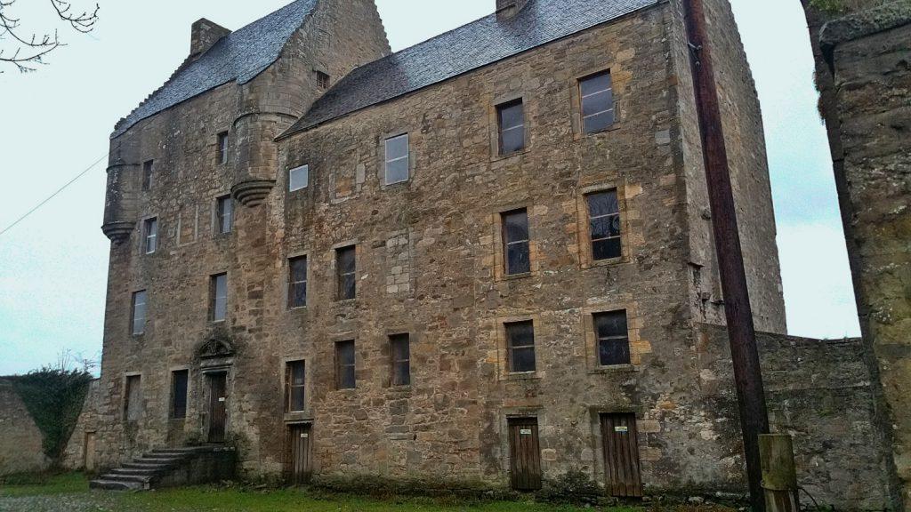 Midhope castle, lallybroch