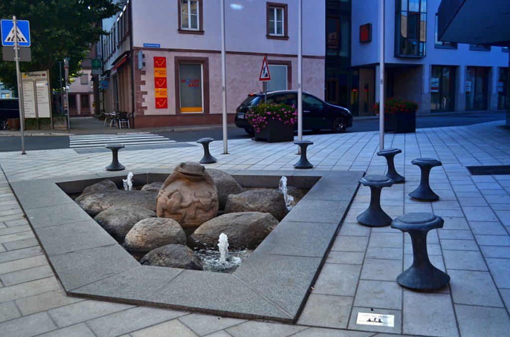 fontana con rospo