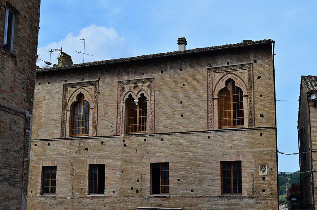 Palazzo fogliani, fermo