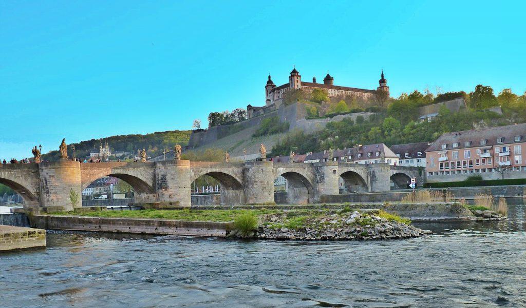 strada romantica - il vecchio ponte sul meno - fortezza marienberg