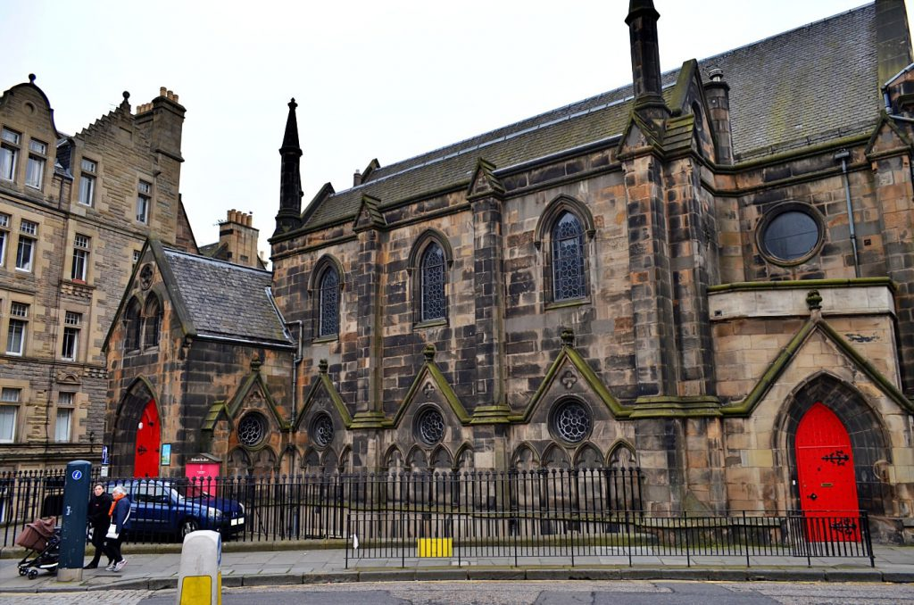 Questa immagine ha l'attributo alt vuoto; il nome del file è St-Columbas-Free-Church-of-Scotland-1024x678.jpg