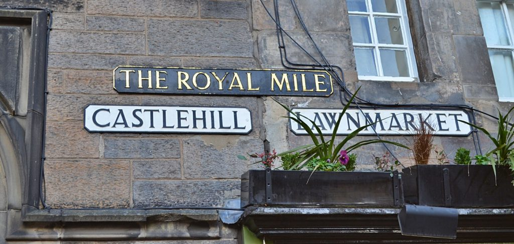 royal mile: lawnmarket