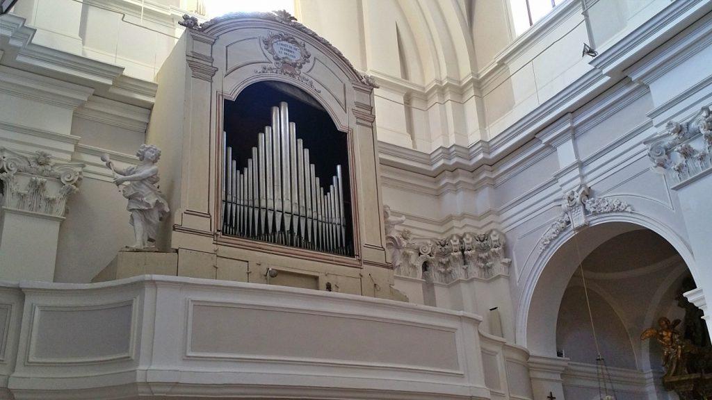 cupramontana, chiesa san leonardo