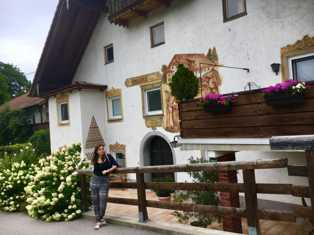 laura expat in austria