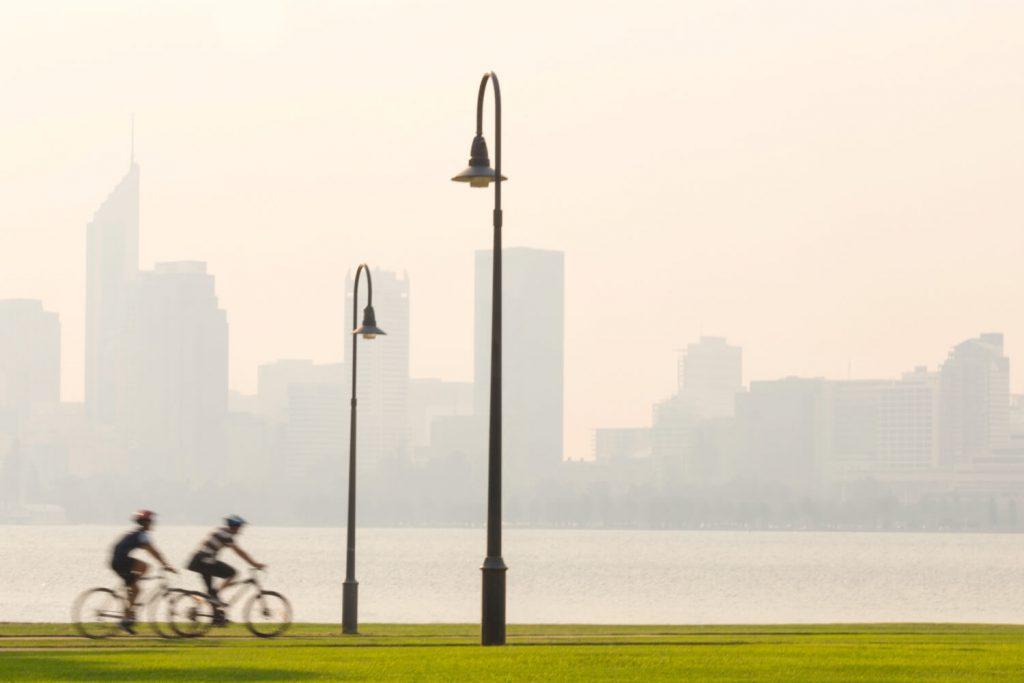 in bici nei parchi di Perth