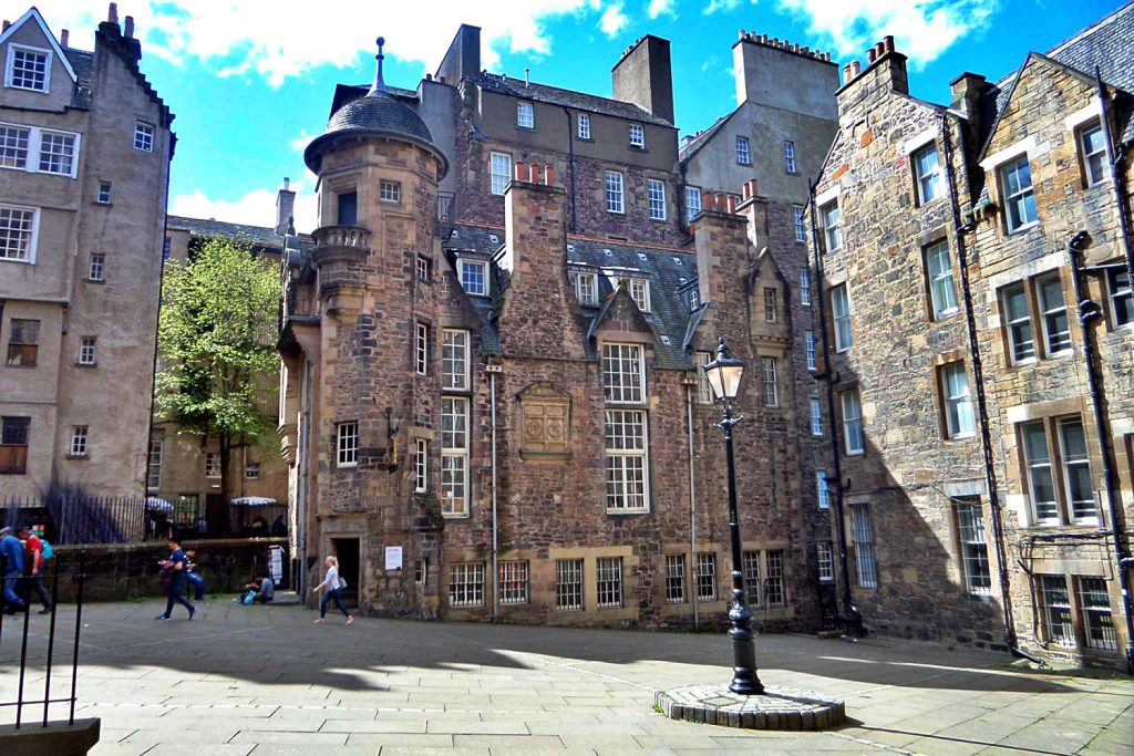 Lady stair's close - Makar's Court edimburgo - guida di edimburgo - old town edimburgo