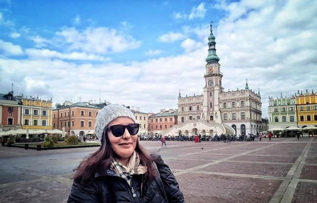 paola expat a varsavia