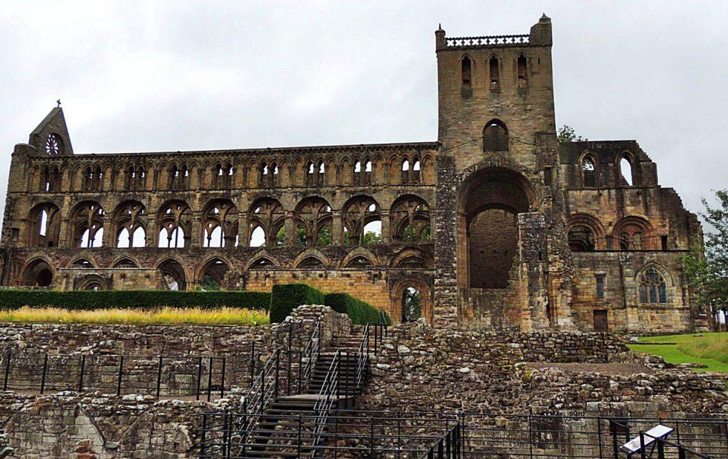 jedburgh abbey, gita di un giorno da edimburgo