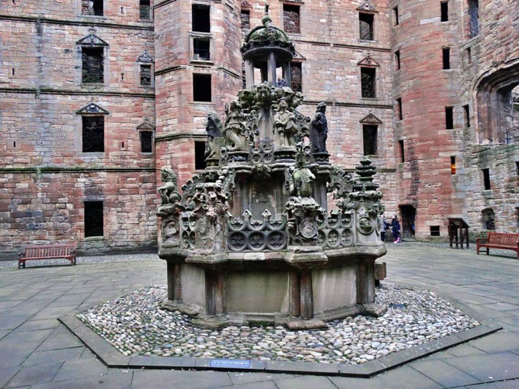 Linlithgow Palace fontana