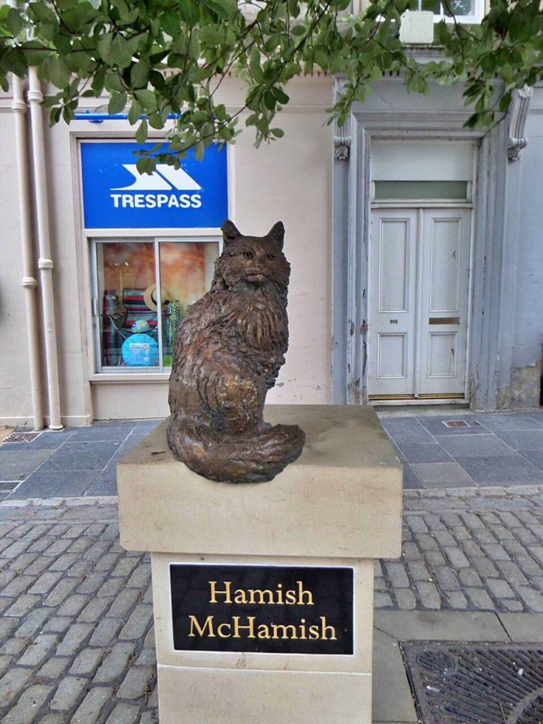 Hamish McHamish, la statua dedicata al gatto di Saint Andrews