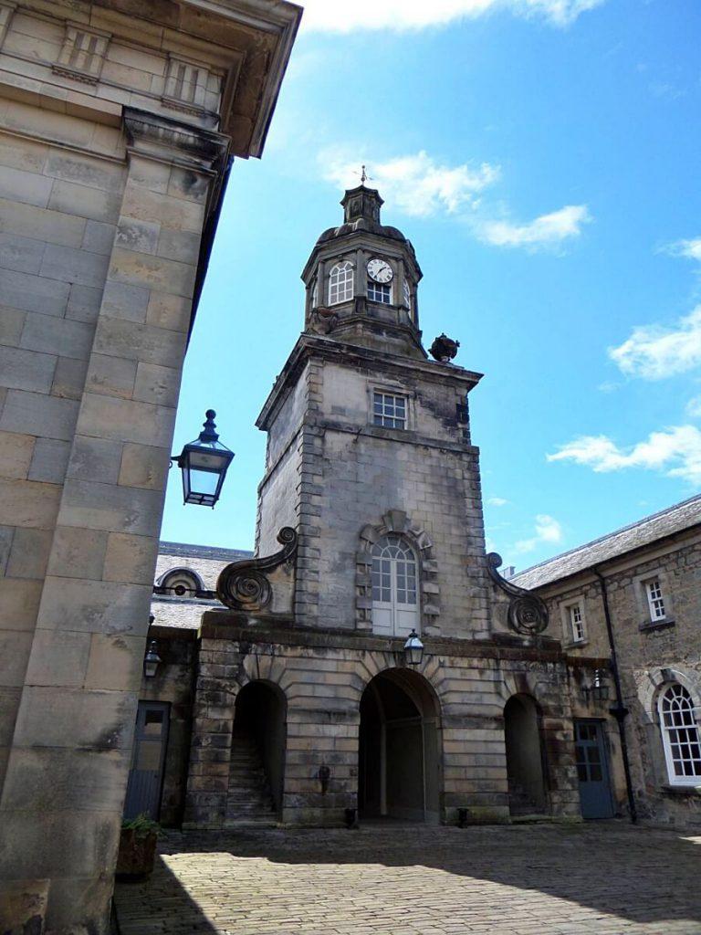 locations di Outlander a Hopetoun House